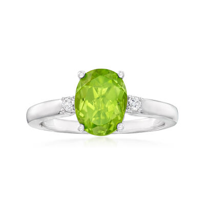 C. 2000 Vintage 2.50 Carat Peridot Ring with Diamond Accents in 18kt White Gold