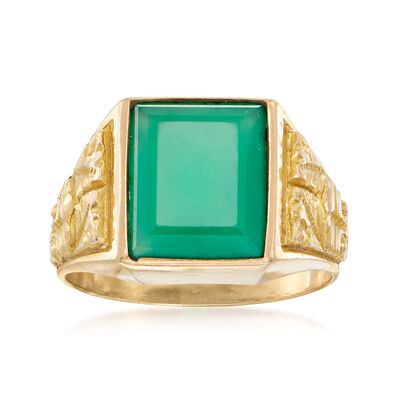 C. 1970 Vintage Chrysoprase Ring in 18kt Yellow Gold