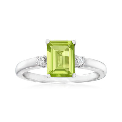 C. 2000 Vintage 1.25 Carat Peridot Ring with Diamond Accents in 18kt White Gold